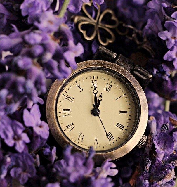 Zeit. Pünktlich.