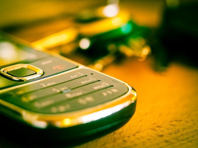 Telefon. Erreichbar.